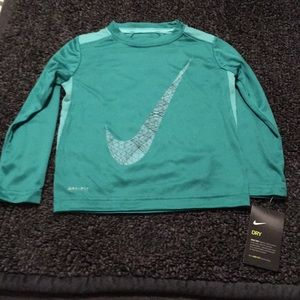 NWT toddler boys Nike shirt